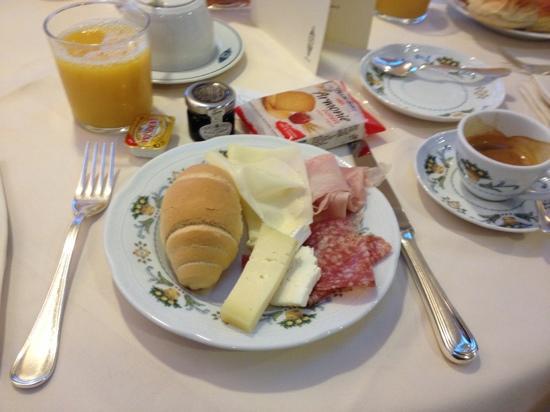 Plaza e De Russie Hotel: un po' di colazione