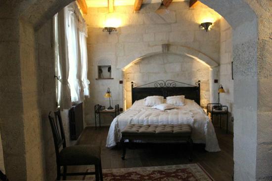 Terra Cave Hotel: room 501 - bridal suite