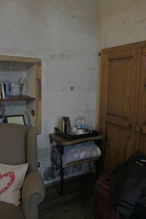 Terra Cave Hotel: room 501