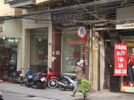 Hanoi Rendezvous Hotel: Alfred