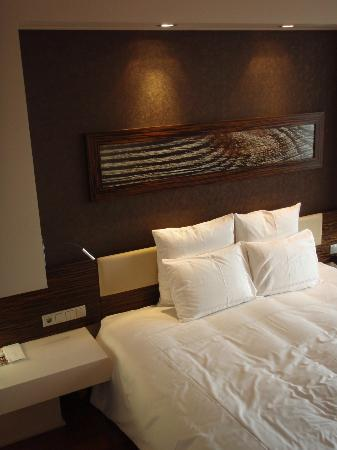 Swissotel Tallinn: The bed