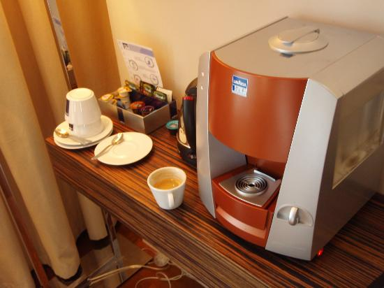 Swissotel Tallinn: Expresso machine: great touch