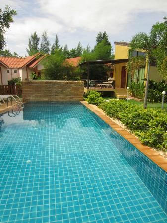 Escape-Cabins: pool