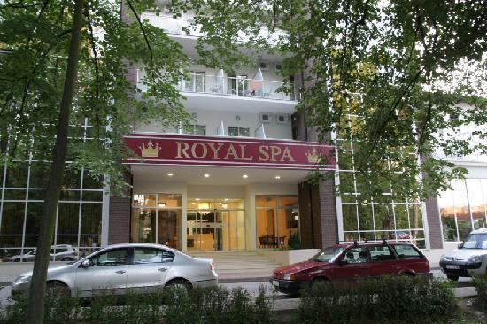 Banja Koviljaca, Serbien: Main entrance