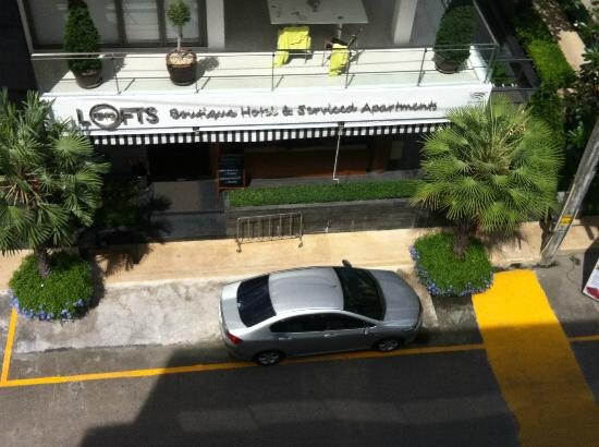 BYD Lofts Boutique Hotel & Serviced Apartments: I rent a car at the door(Day)