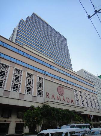 Ramada D MA Bangkok : From across the road