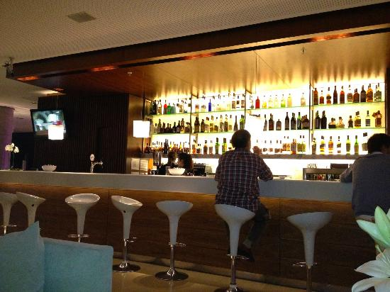 Hotel Madero: The White Bar