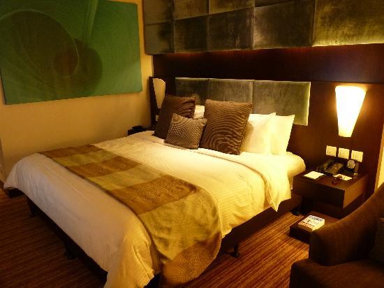 Traders Hotel, Qaryat Al Beri, Abu Dhabi: Unser Zimmer im 6. Stock