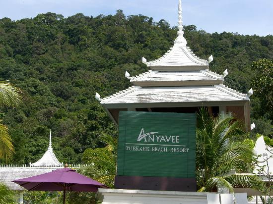 Anyavee Tubkaek Beach Resort: View from beach