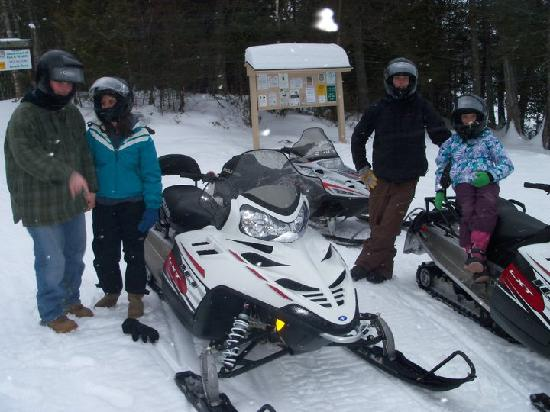 ‪‪NEK Adventures ATV & Snowmobile Tours‬: Snowmobiling with NEK Adventures‬