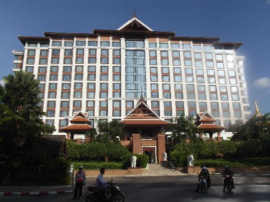 Chiang Mai Shangri La Hotel How Many Rooms