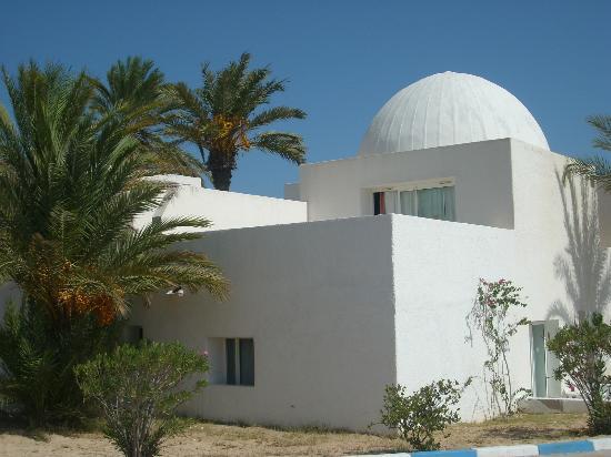 El Mouradi Djerba Menzel: The Menzels