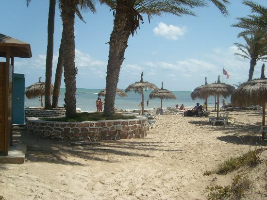 El Mouradi Djerba Menzel: 1 of the beach areas past the childrens activity centre