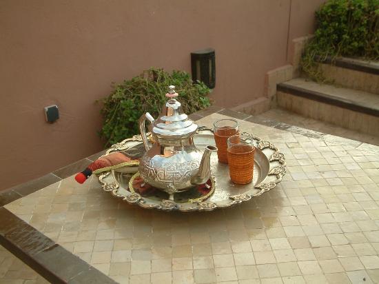 Les Jardins de Mouassine: Mint tea al fresco
