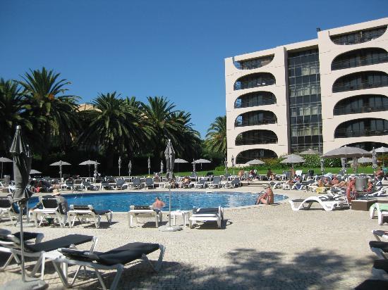 Vila Gale Cascais: pool area.
