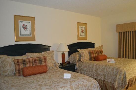 Clemson University's James F. Martin Inn: Beds
