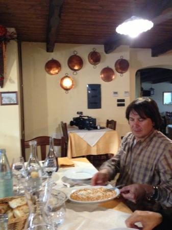 Aliano, Италия: interno del ristorante di Sisina
