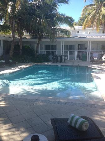 Orchid Key Inn: Da Pool