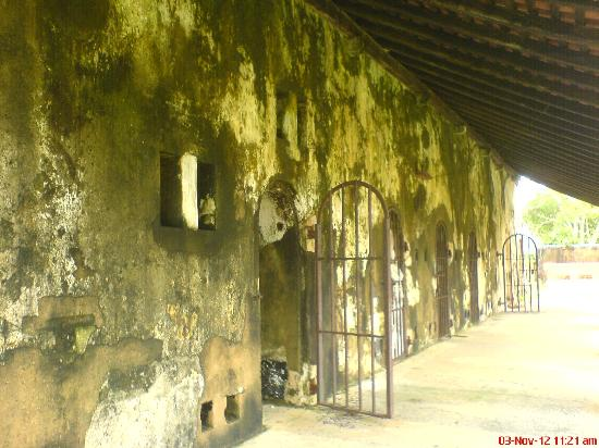 Black Fort: Jail Cells with ancient gates