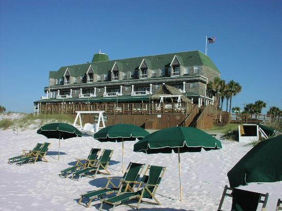 Henderson Park Inn: View from the Beach