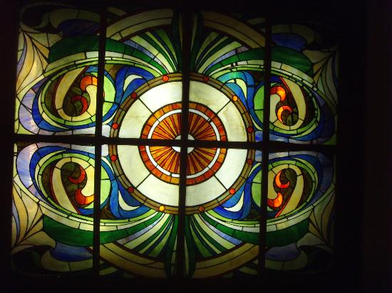Inn New York City: stained glass window