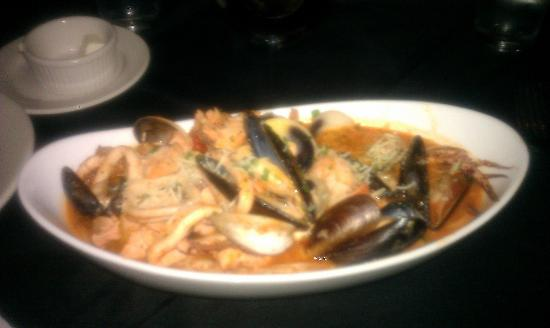 Francesca's Italian Kitchen: Seafood Pescatora