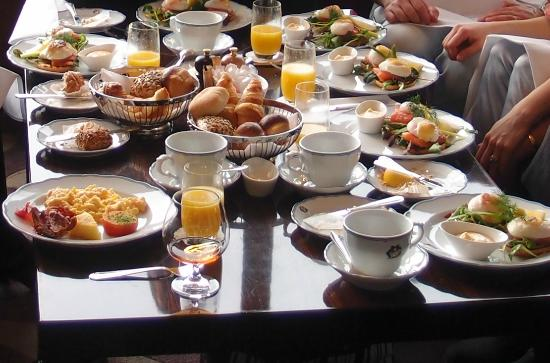 Afternoon tea bild fr n cadierbaren stockholm tripadvisor for Food bar grand hotel stockholm