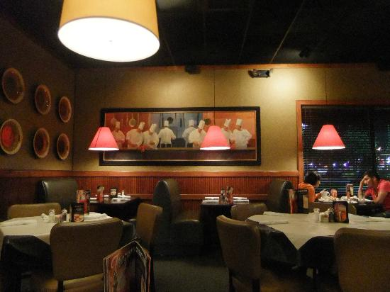 Restaurant interior picture of ruby tuesday norfolk