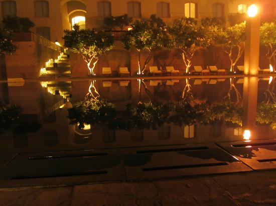 Trident, Gurgaon: The pool at night