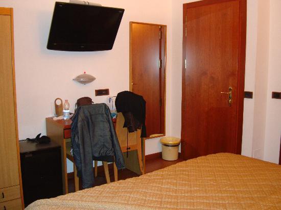 Aspromonte Hotel: Ingresso