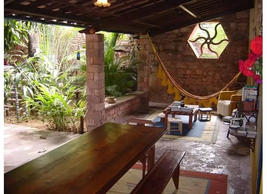 Estalagem Alcino: Porch in front of the atelier