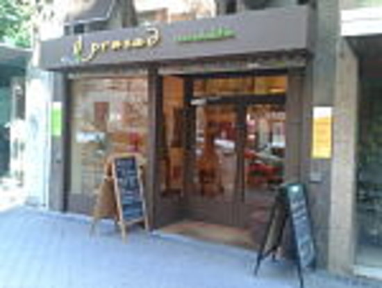 Photo of Restaurant Prasad Ocio Saludable at Calle Guzman El Bueno 14, Madrid 28015, Spain