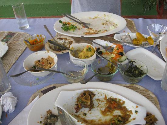 Debbie's Homemade Foods: Empty plates and happy tummies