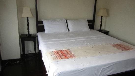 Hotel Khamvongsa: bed