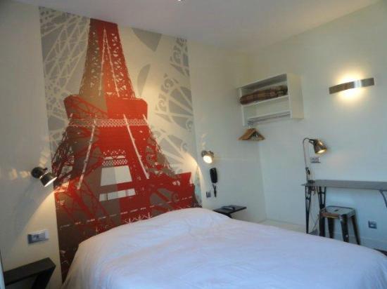 Hotel alpha paris tour eiffel updated 2018 prices for Design hotel alpha paris tour eiffel