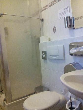 Landgasthof Asum: Bad / WC