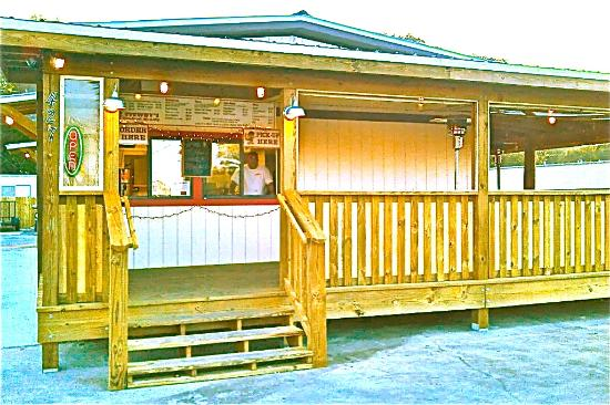 Stewby's Seafood Shanty: Outdoor seating is covered and heated for the fall and winter months.