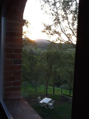 Siena House: Sunrise - another beautiful view from our room