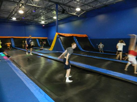 cosmic jump indoor trampoline park houston all you need to know before you go with photos. Black Bedroom Furniture Sets. Home Design Ideas