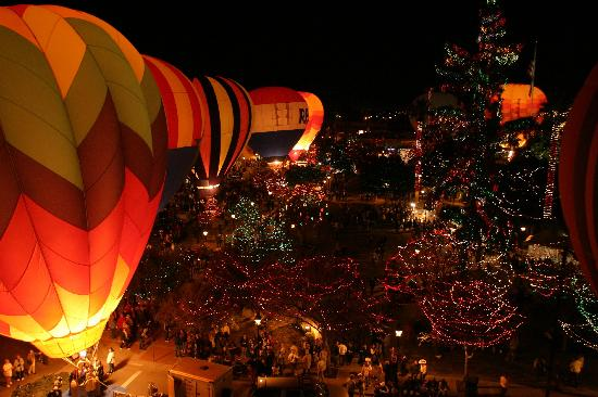 Glendale, Arizona: Glendale Glitter & Glow 