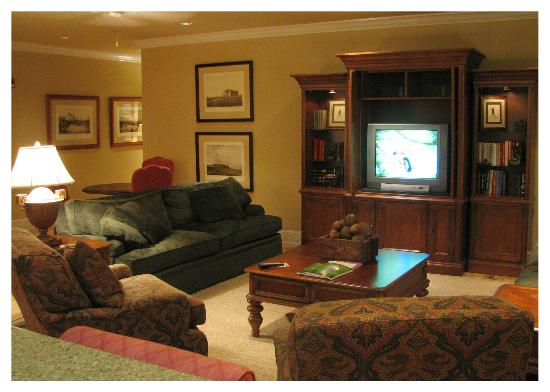 Cateechee Golf Club: Common Room - Onsite Lodging