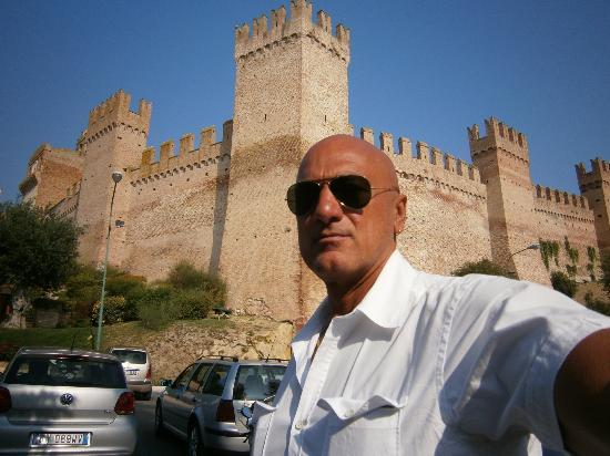 Castello di Gradara: 1