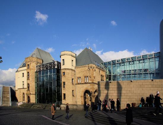 Schokoladenmuseum Köln: Aussenaufnahme vom Schokoladenmuseum