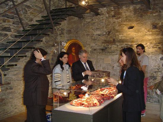 Basilica dei Fieschi: dentro al museo