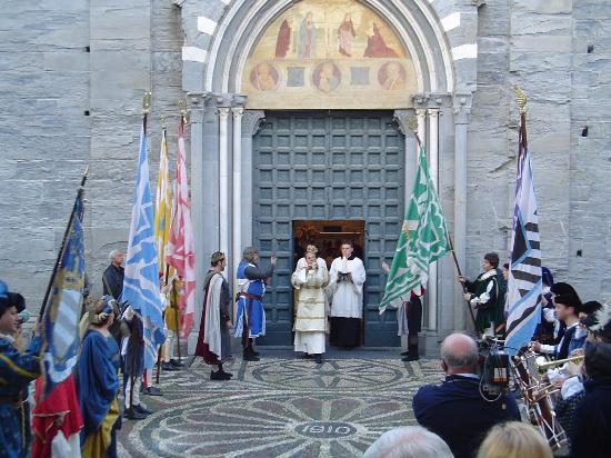 Basilica dei Fieschi: giorno dell'inaugurazione del museo dei Fieschi 2007