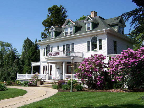 600 Main, A Bed & Breakfast and Victorian Tea Room: Photo of house