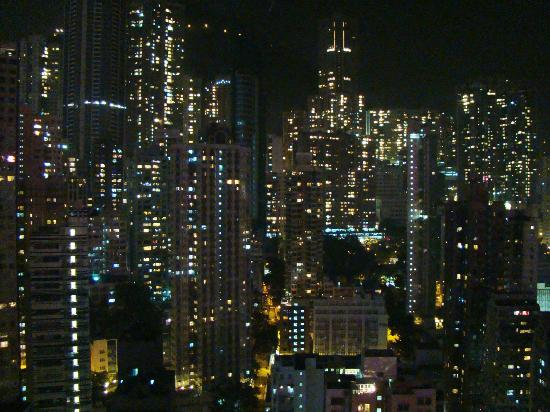 Holiday Inn Express HONG KONG SOHO: HIE HKG Soho - dbl room - night view from my room window