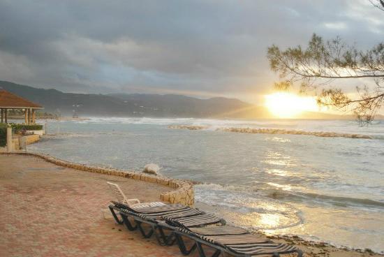 Sunscape Splash Montego Bay : Day after Hurricane Sandy