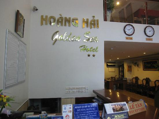 Hoang Hai (Golden Sea) Hotel: Rezeption