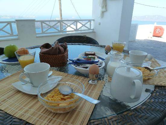 Nomikos Villas: Breakfast, when ever your ready